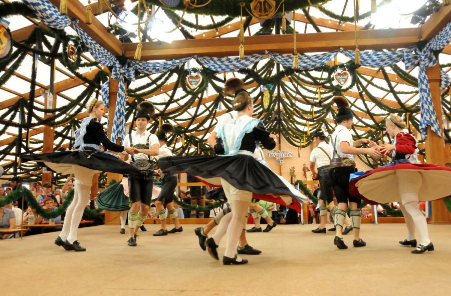The Festring Tradition tent has more than 5000 places for revelers to enjoy the traditional dancing and festivities -- munich FOTO