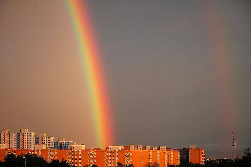 Neuperlach Rainbow .. WikiCommons