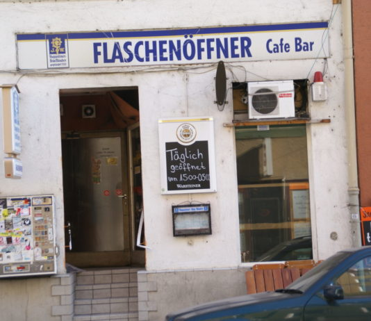Classic photo of the Flaschenöffner from the Malerblatt-blog.de