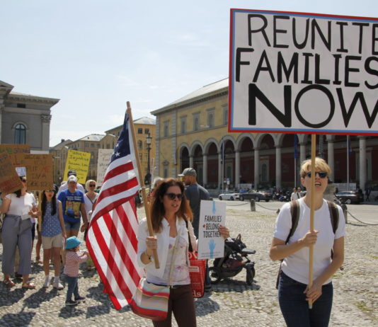 MunichNOW Families Belong Together March